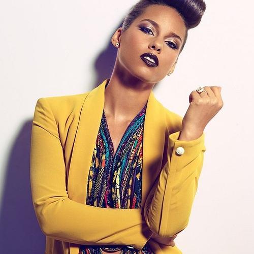 Alicia-Keys-Vibe-041112-3